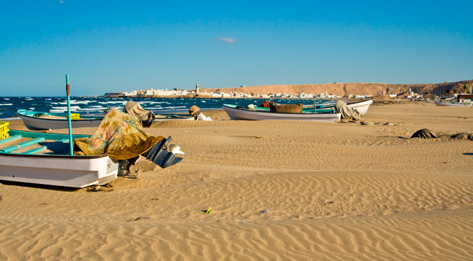 Oh man, it's hot in Oman. Prepare for heat and discovery. Photo: Shutterstock