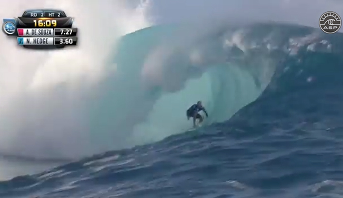 Nathan Hedge mid-barrel for the event's first 10. Screenshot: ASP