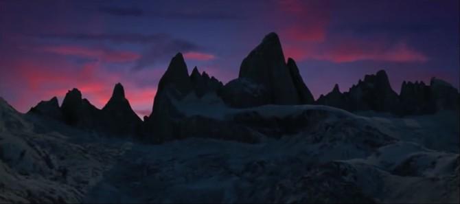 Screenshot: A Line Across the Sky
