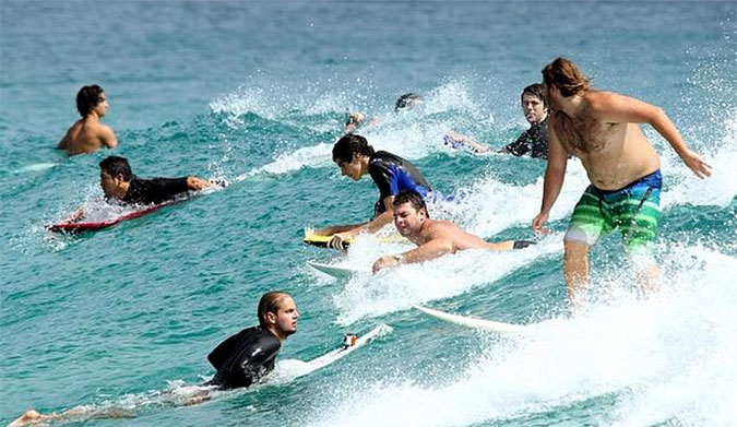 5 Ways to Make a Newbies Foray into Wave Riding a Brief and Forgettable Experience