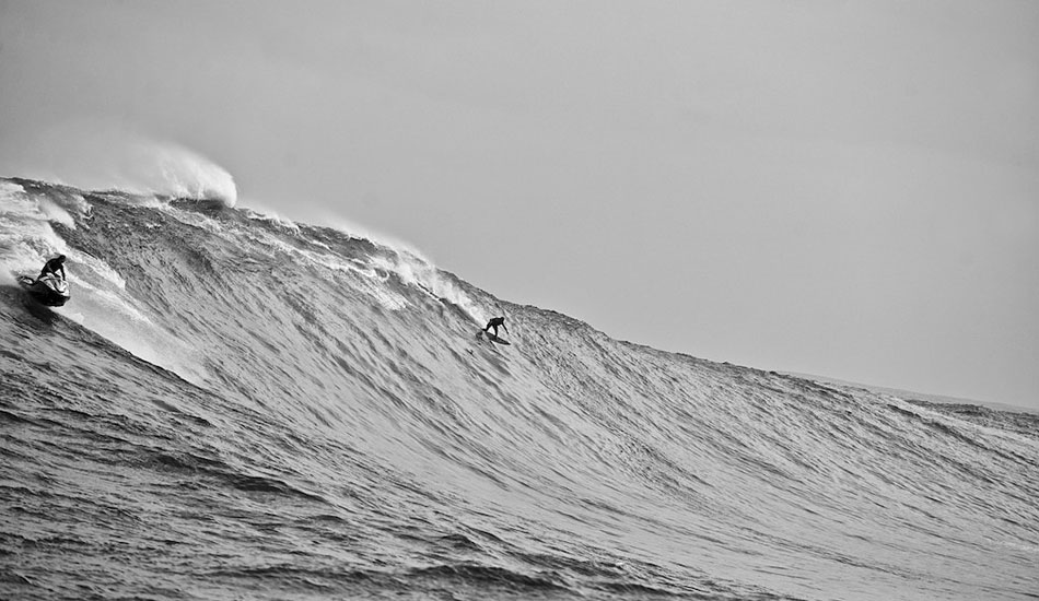 Dave Kalama dropping Laird Hamilton off at Jaws in the middle of the tow-revolution.