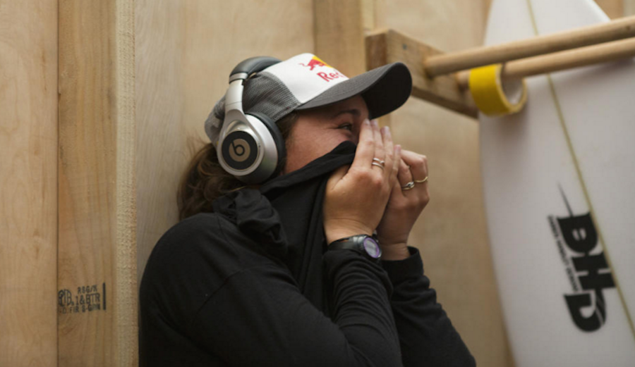 Carissa holed up in the locker room as she awaited the results. WSL / Kelly Cestari