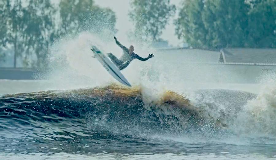 Kelly Slater Wave Pool air