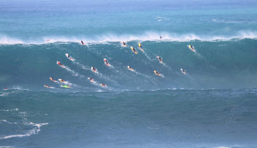 Unfortunately, Waimea does NOT look like this today. Photo: @connorkollenda