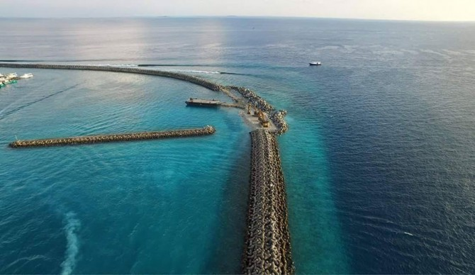Towns/Raalhugandu, the homebreak. Image courtesy of Aiham