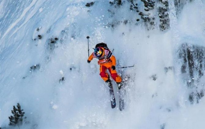 Matilda Rapaport, charging. Photo: Freerideworldtour.com