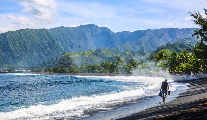 Tahiti Bodysurfing