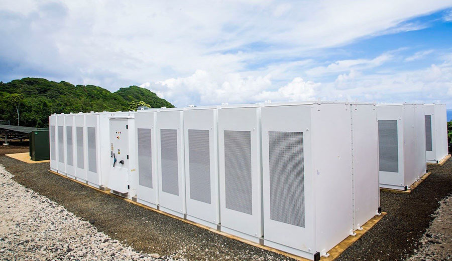 The battery system also allows the island to use stored solar energy at night, meaning renewable energy is available for use around the clock. Image: SolarCity