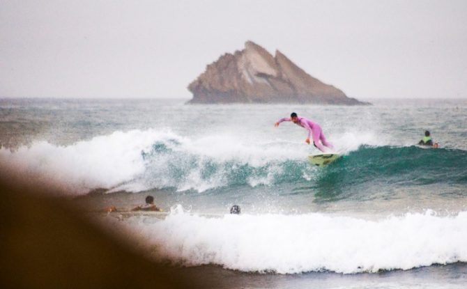 No one is missing this guy. Sticking out like a pink thumb. Photo: Fabio Silva