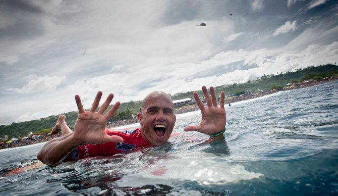 One finger for each! Photo: WSL
