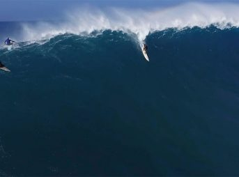 Filmed over the winter of 2015/2016, it's Jaws in all its glory, shot from high above and focusing on a few of the best big wave surfers on earth doing exactly what they do best.