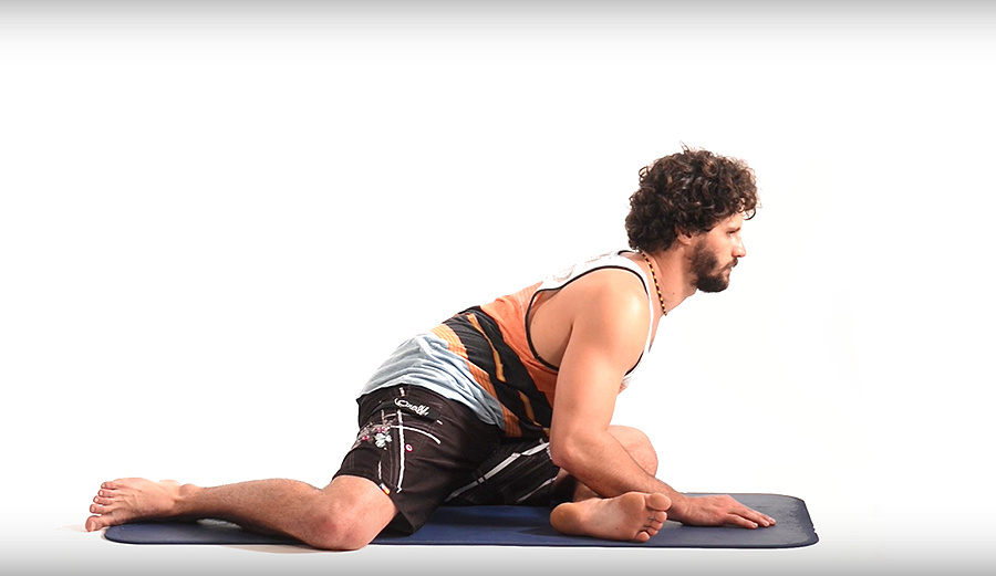 Incorporate This Stretching Routine Into Day-to-Day Life to Keep Your Whole Lower Body Fresh Between Surf Sessions