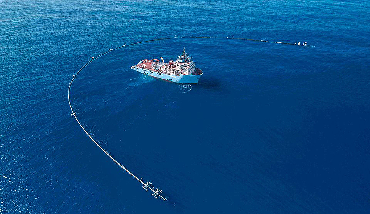 """The Ocean Cleanup Project's System 001 is currently floating in the Pacific corralling plastic in the """"largest ocean cleanup effort ever."""" Photo: The Ocean Cleanup"""