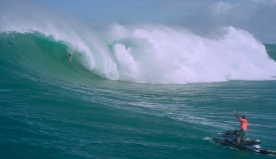 Billy Kemper fully slotted in Round 1. This is Kemper's third win at Jaws. Photo: WSL