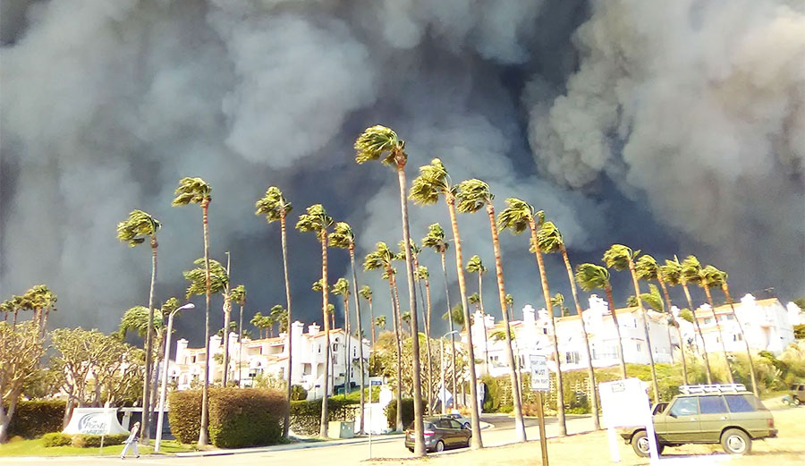 California wildfires spread by wind