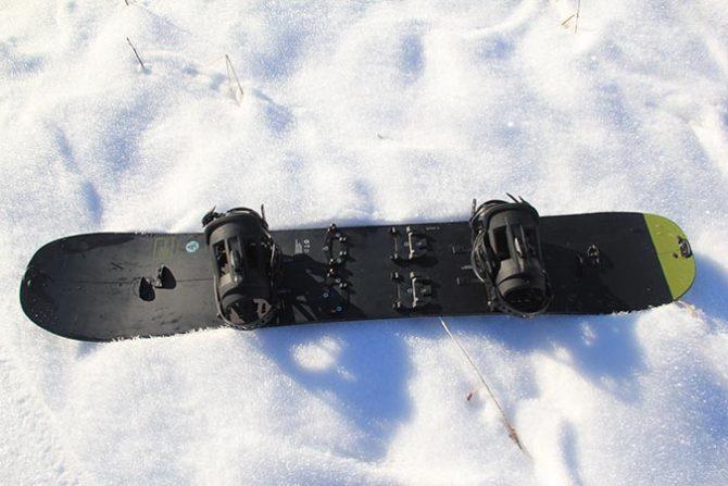 Flight Attendant X, Burton, Snowboarding