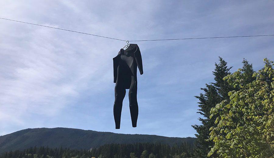 Drying wetsuit.