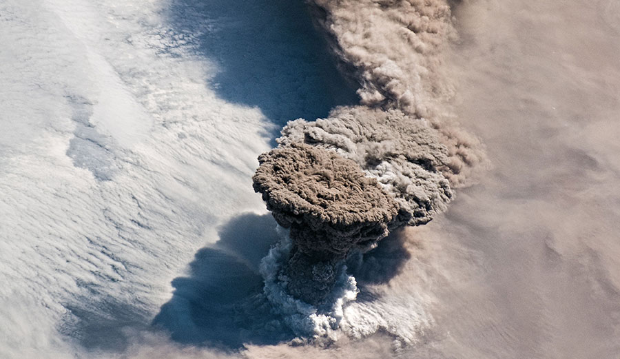 Raikoke volcano eruption