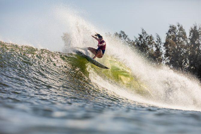 Gabriel Medina, Lakey Peterson Win 2019 Freshwater Pro