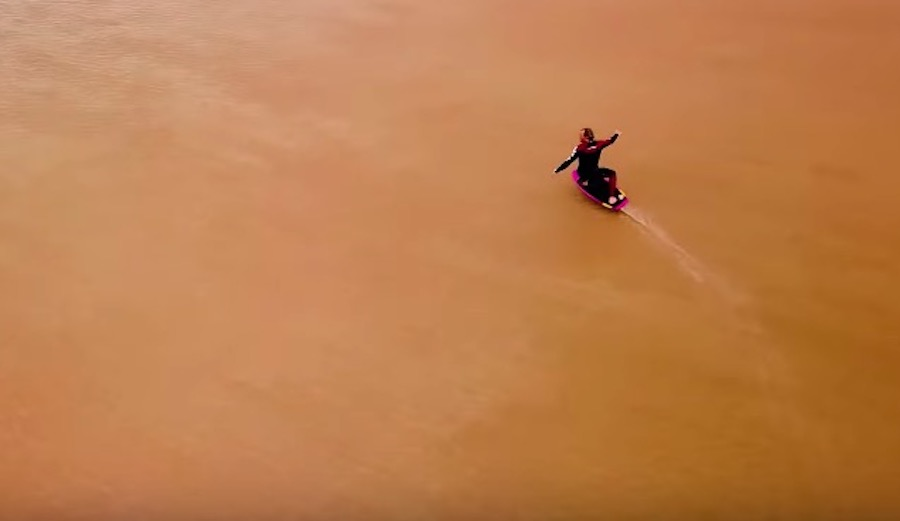 Watch: Chocolate Milk Tidal Bore Hydrofoiling on France's Seine River