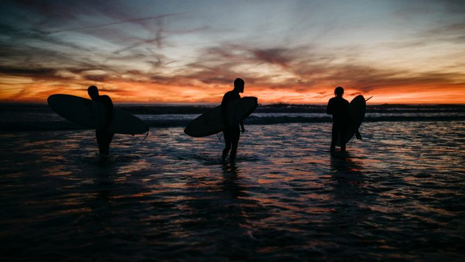 unsplash, surfing,