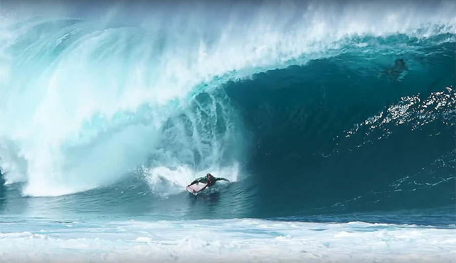 Jamie O'Brien's Pair of Same-Day Sessions at Stunningly Perfect Pipeline
