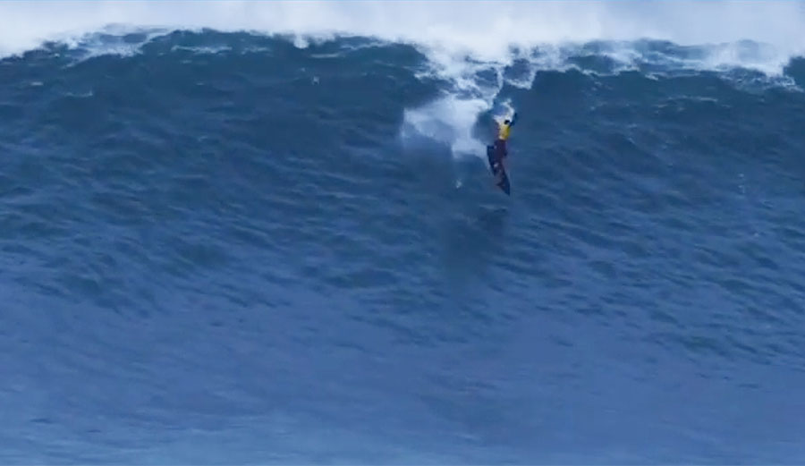 Kai Lenny Channeled His Inner Travis Rice to Do a Mid-Face 360 at Massive Nazaré