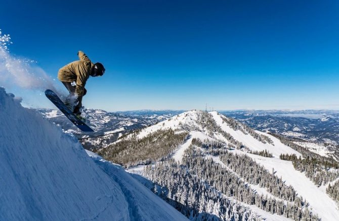 2 People Killed in Inbounds Avalanche at Idaho's Silver Mountain