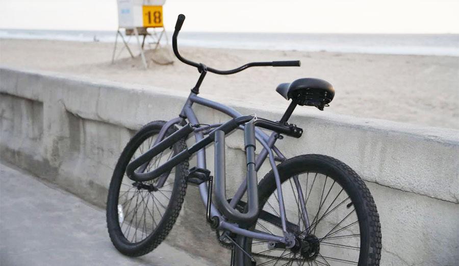 Ho Stevie! surfboard bike rack