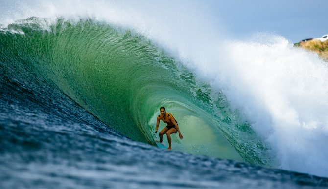 Stephanie Gilmore barreled at Honolua Bay