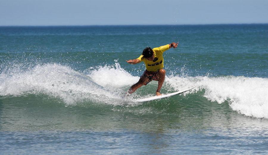Surfing in Go Pro Surfing Games Japan