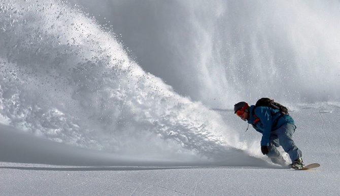 snowboard pow slash unsplash