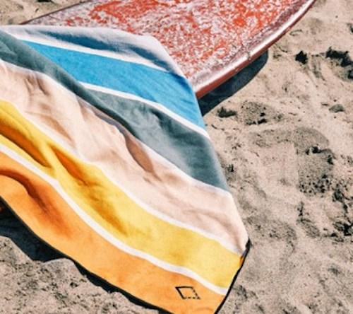 nomadix original towel lifestyle shot best beach towels